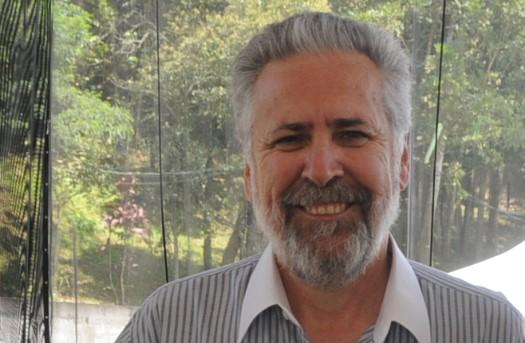 José Carlos Marion recebe Professor Notável 2017 do CRCSP