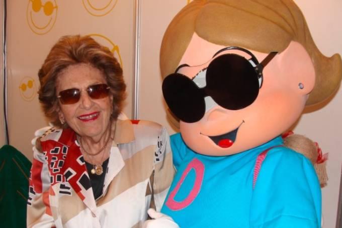 Dorina Nowill: ativista de direitos para cegos é homenageada pelo Google