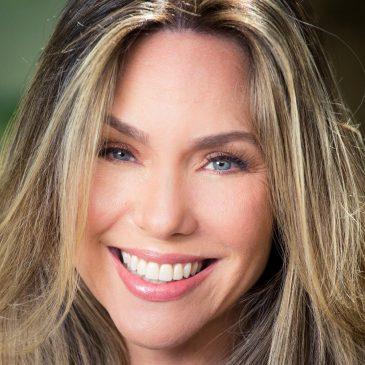 BONS VENTOS A LEVAM – Com kitesurfe e ioga online, Claudia Abreu driblou riscos da pandemia e pedidos de boicote ao Mundo Verde